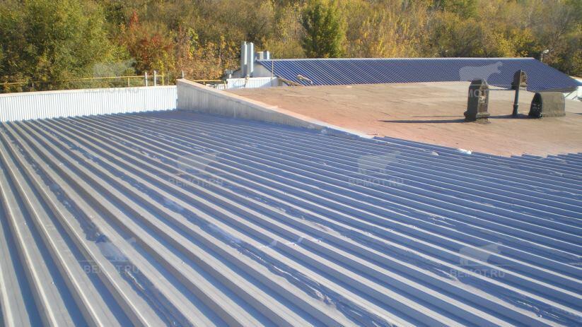 ремонт крыши из профлиста полимочевиной
