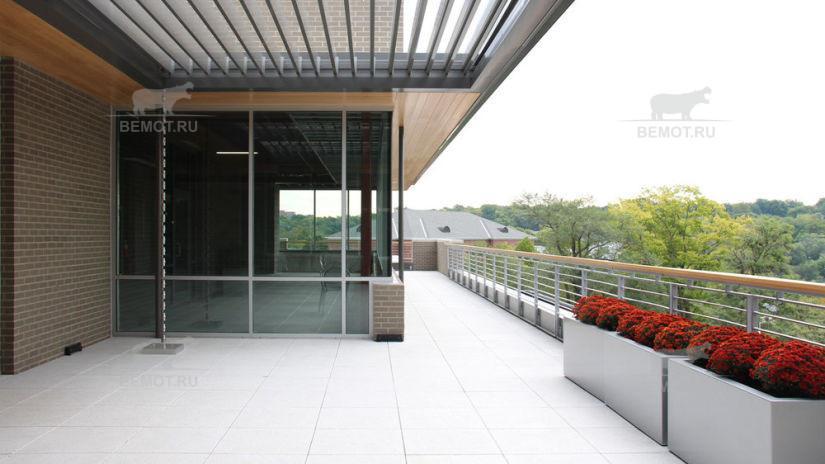 Вариант покрытия плиткой для открытой террасы на крыше