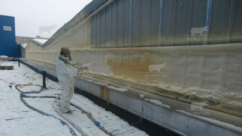 утепление зданий пенополиуретаном зимой
