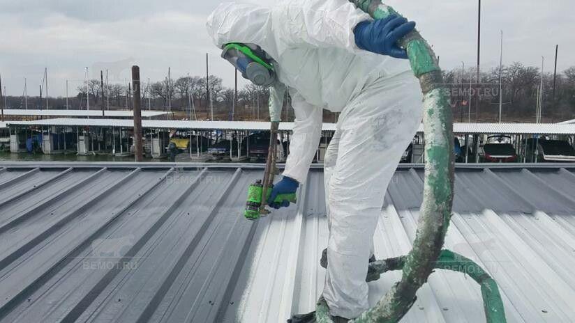 гидроизоляция полимочевиной крыши из профлиста